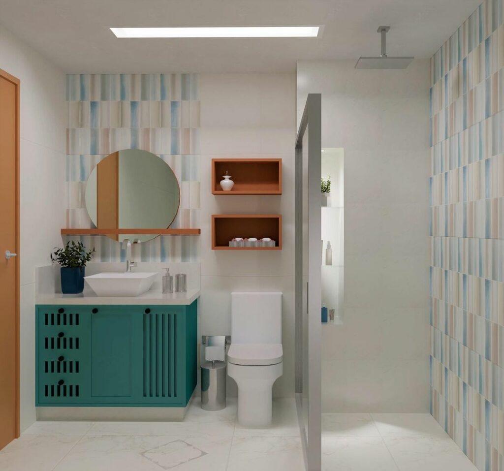 Modelo de banheiro social colorido