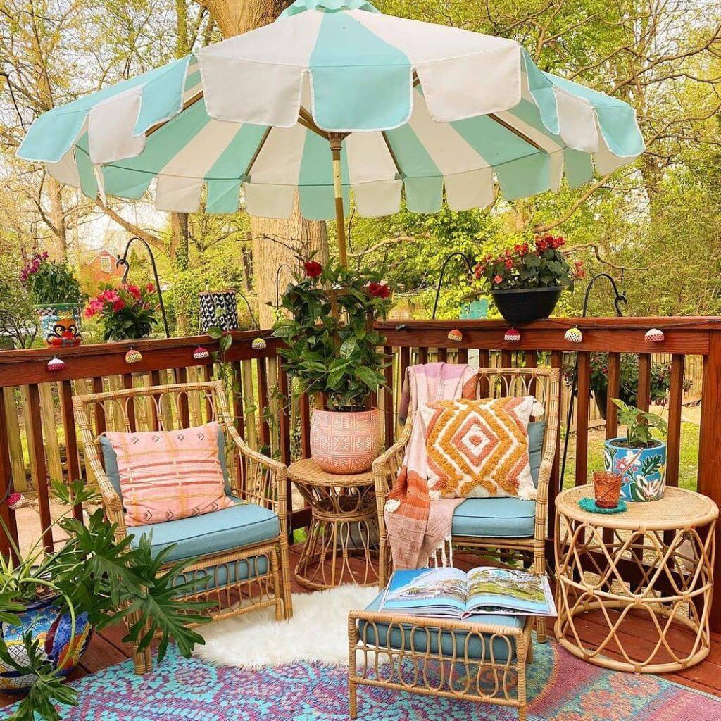 Decoração de jardim colorida